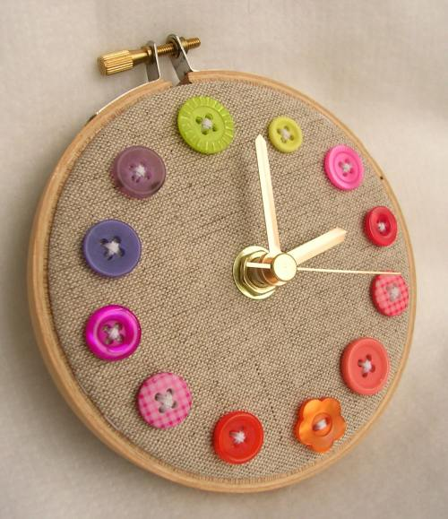 original-reloj-botones-colores-4